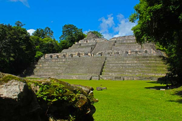 caracol temple